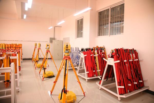 土木工程实验中心—工程测量实验