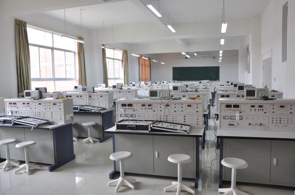 电气自动化实验中心—电子电工实