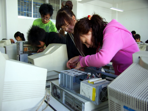 电子信息实训中心—计算机组装维