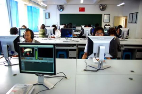 电子信息实训中心—非线性编辑实训室
