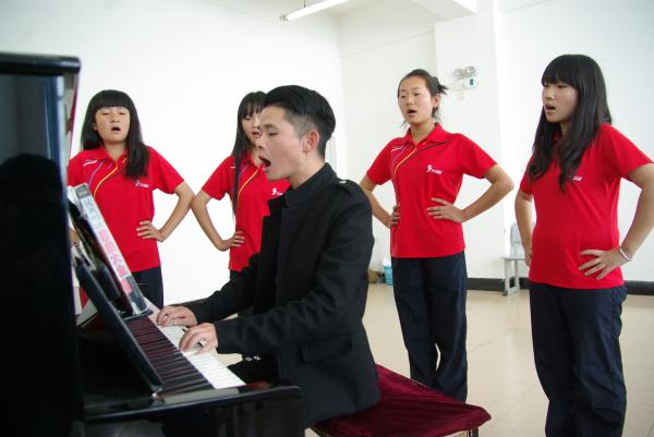 艺术综合实训中心—声乐实训室