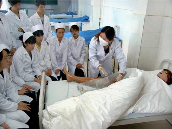 护理实训中心—基础护理实训室