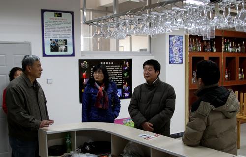 云南省发改委收费处处长范惠声一行莅临云南经济管理学院指导工作图片