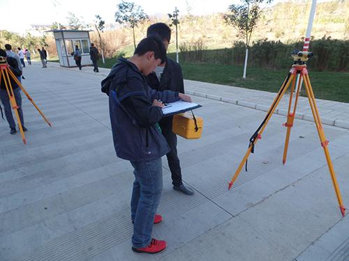 工程学院首届鲁班文化节活动——工程测量技能大赛